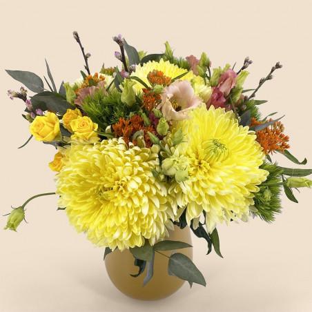 Bouquet de fleurs-printemps avec anastasia, asclepia et eucalyptus.