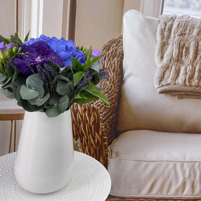 Bouquet de saison avec hortensia, vanda et menthe